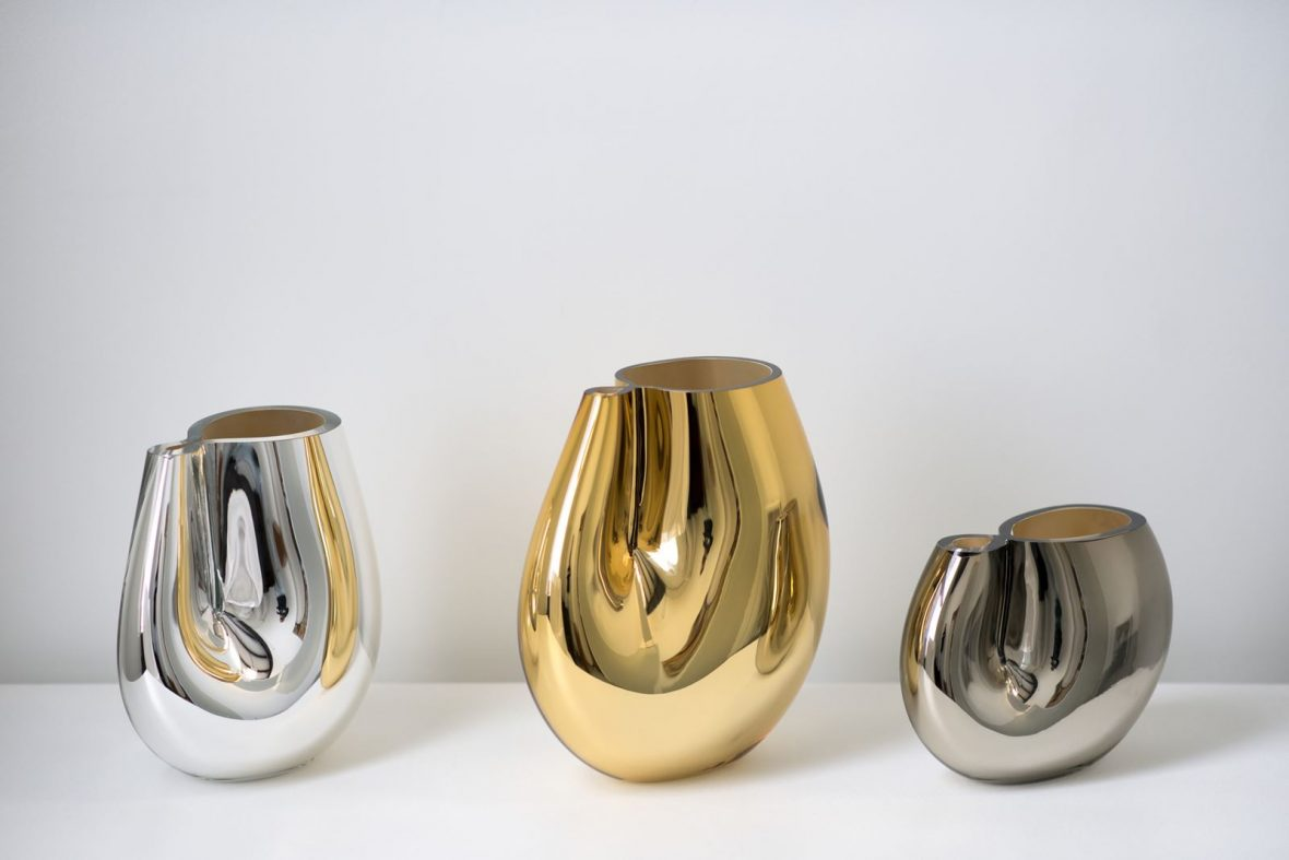 from left: medium/silver 11″H x 10″W (28x25cm), large/gold 13″H x 10″W (33x25cm), small/pewter 7.5″H x 10″W (19x25cm)
