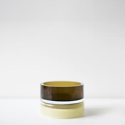 yellow palette 4.5″H x 6.5″Dia (11x17cm)