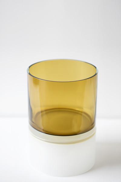 yellow palette 13″H x 9″Dia (33x23cm)