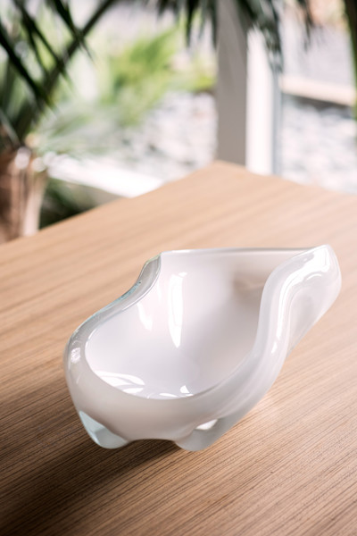 """long bowl/white 20""""L x 9""""W x 5""""H (51x23x13cm)"""
