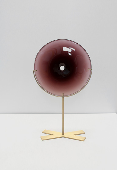 small/plum 21″H x 12″W (53x30cm) shown w/ brushed brass stand
