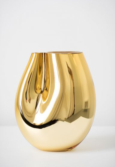 large/gold 13″H x 10″W (33x25cm)