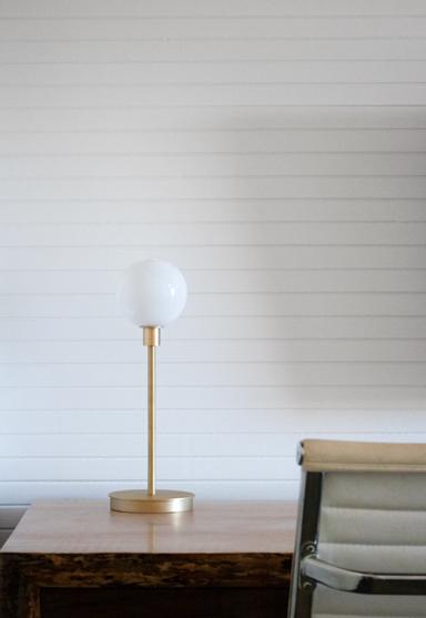 "stem table 1x white glass/brushed brass 16""H x 5.5""Dia (41x14cm)"