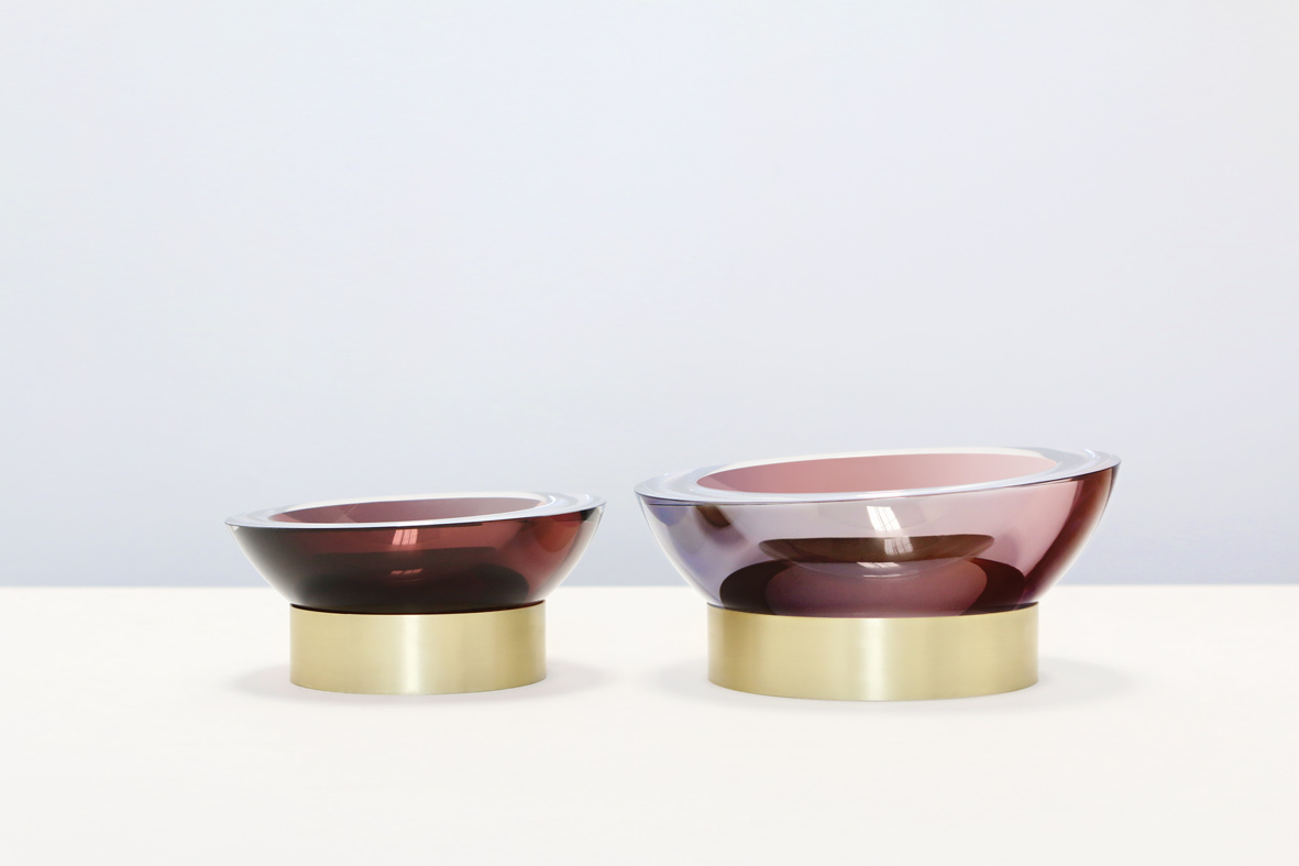 from left: small/plum 8″Dia x 4″H (20x10cm), large/plum 10″Dia x 5″H (25x12cm)