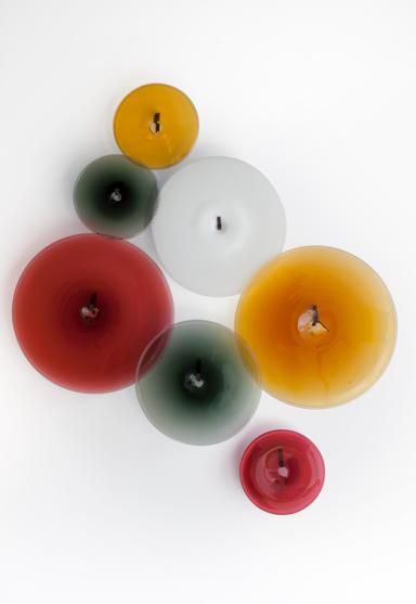 from left: small/amber 12″Dia (30cm), medium/white 18″Dia (46cm), large/amber 24″Dia (61cm), small/red 12″Dia (30cm), medium/smoke 18″Dia (46cm), large/red 24″Dia (61cm), small/smoke 12″Dia (30cm)